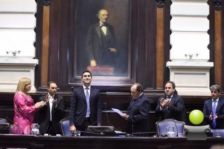 JURARON LOS NUEVOS DIPUTADOS Y MOSCA FUE REELECTO COMO PRESIDENTE