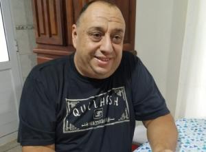 BUSCAN RECONOCER AL PROFESOR DANIEL TORRES CON EL DIPLOMA AL MÉRITO CIVIL DE DEPORTES