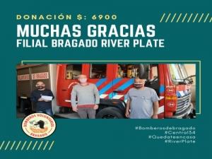 BOMBEROS DE BRAGADO RECIBIO UNA IMPORTANTE DONACION DE LA FILIAL RIVER DE BRAGADO